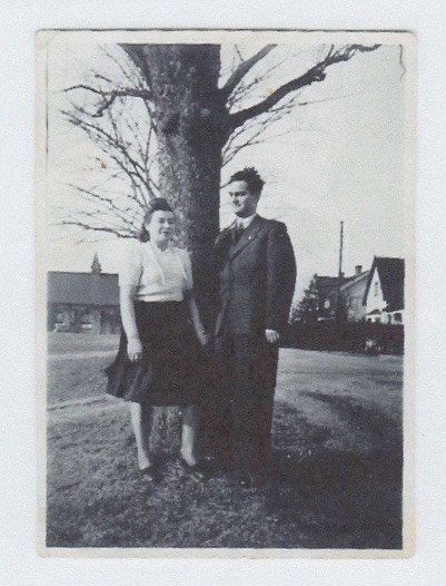 Hela with husband Nusen Zev Fuks (Nathan Fox) in Sweden c. 1946